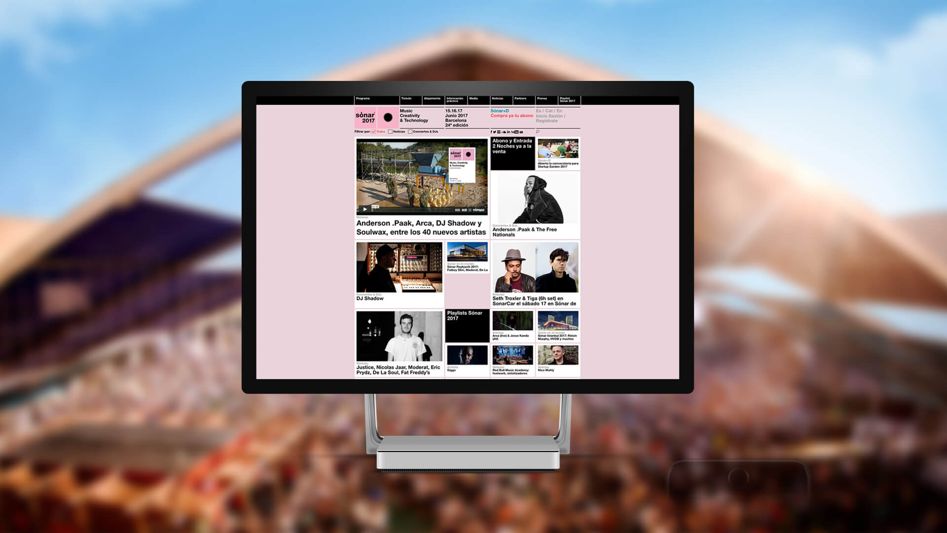 Screenshot of the Sonar 2017 website upon a blurred concert image background